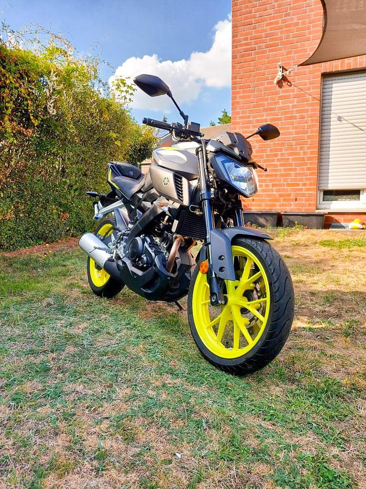 Motorrad Abdeckung auch für Yamaha MT 125 von MYCOVER