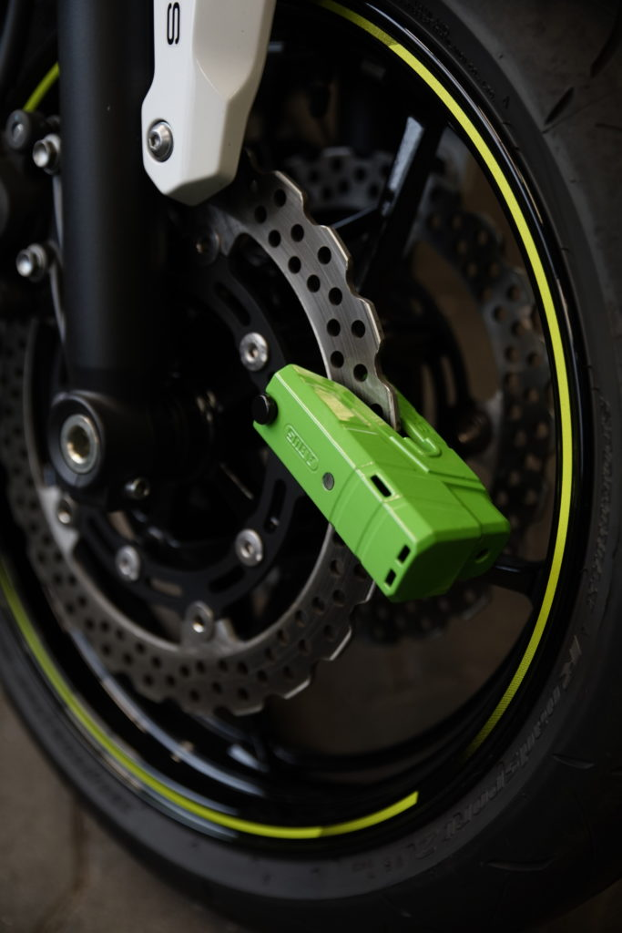 Motorradschloss mit Alarm gegen Diebstahl Abus Granit Detecto Plus 8077